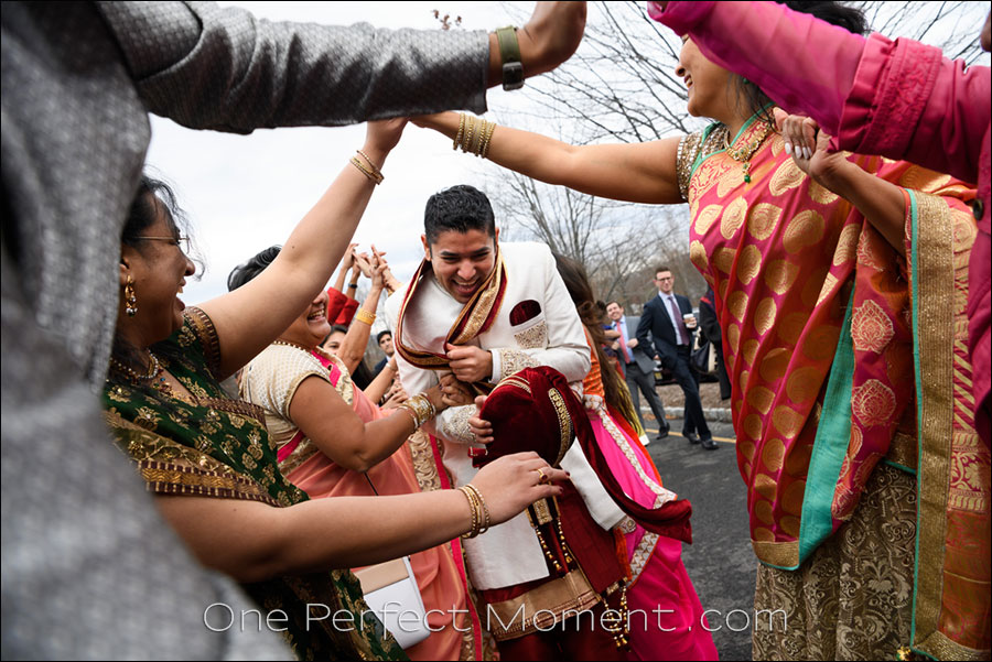 wedding photographer NJ Hindu wedding Baraat
